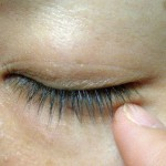 スギ花粉皮膚炎の予防!まぶたの赤い腫れは?